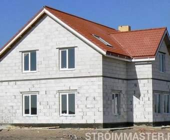 Двухэтажные и одноэтажные дома из блоков