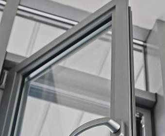 Преимущества и недостатки алюминиевых окон