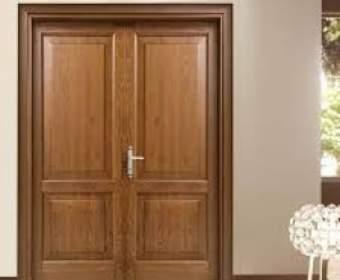 Преимущества дверей из ясеня