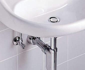 Сборка и монтаж сифона в ванной и на кухне: инструкция и схемы