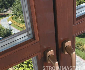 Различия пластикового и деревянного окна