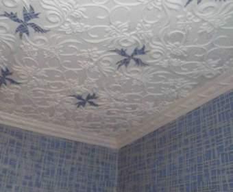 Обновляем плитку на потолке: выбор краски и технология работ