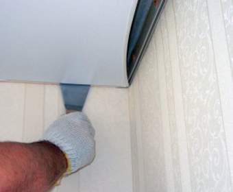 Что делать если натяжной потолок порвался?
