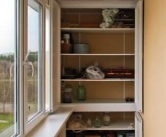 Шкафы для балкона и их особенности