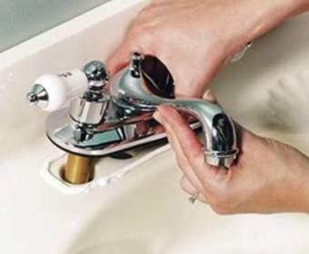 Инструкция по установке или замене смесителя: на раковине, ванной и мойке