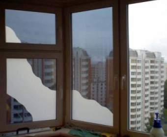 Как затонировать окна в квартире: выбор пленки и самостоятельная установка
