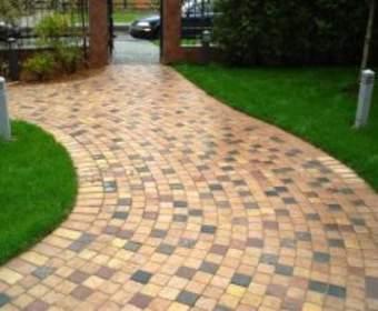 Как выбрать тротуарную плитку: важные критерии